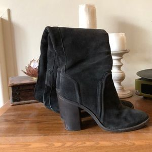 Pre owned Vince Camuto suede thigh high boots